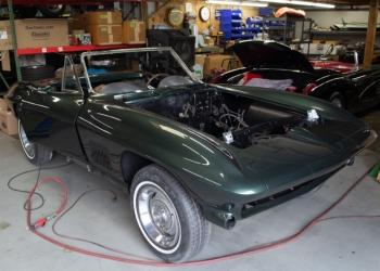 1967 Green Corvette