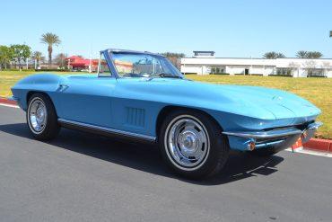 1967 blue chevrolet corvette convertible 19