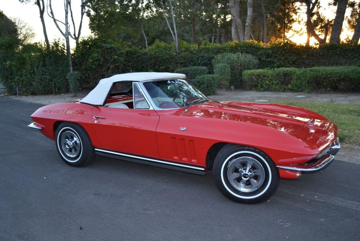 1965 rally red l79 corvette convertible 31