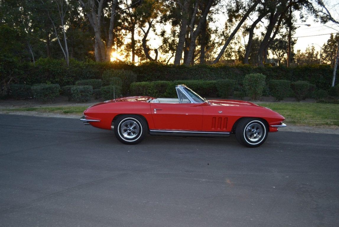 1965 rally red l79 corvette convertible 34