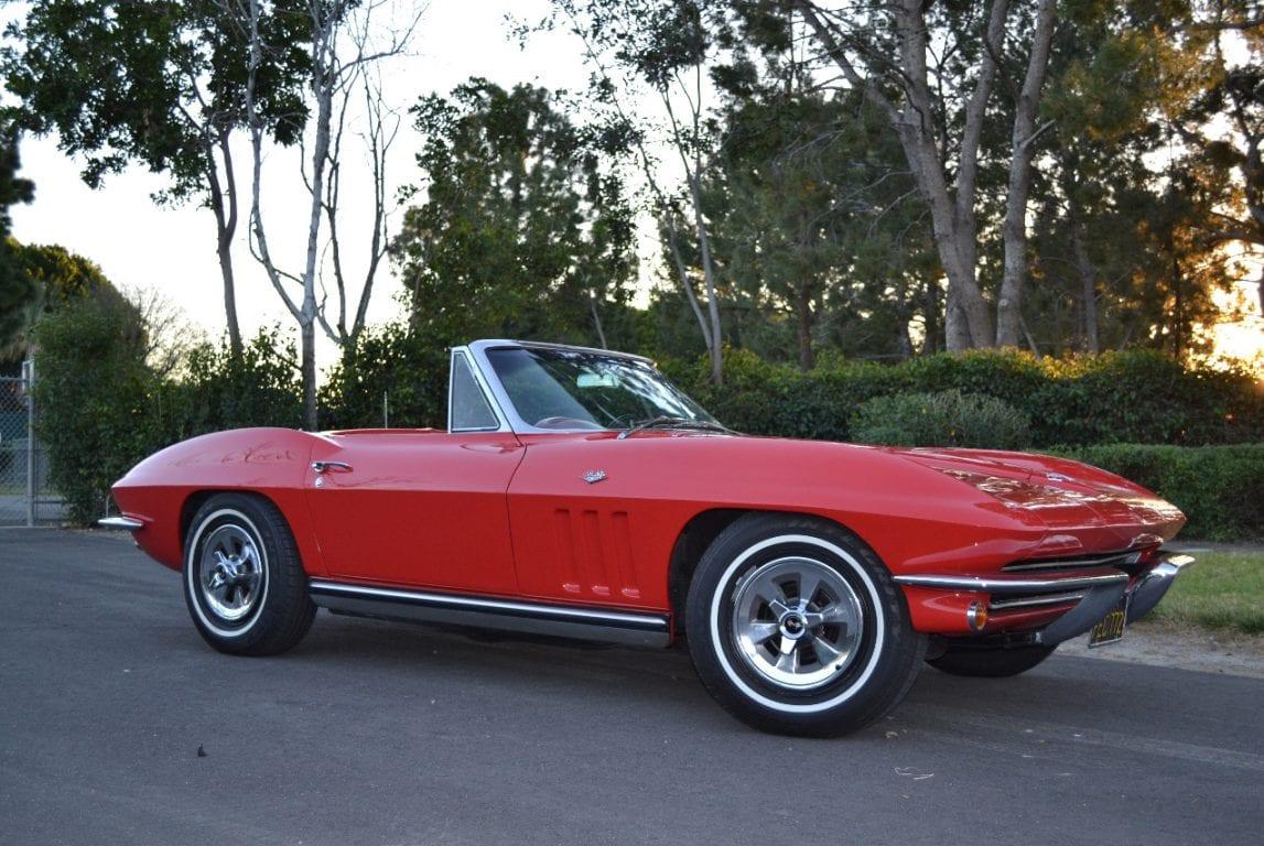 1965 rally red l79 corvette convertible 40
