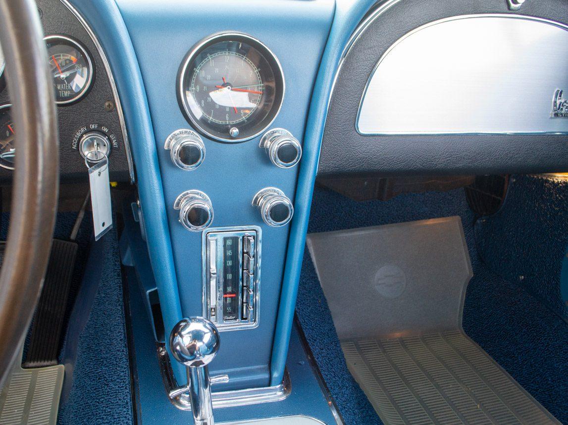 1967 blue corvette l71 coupe 0339