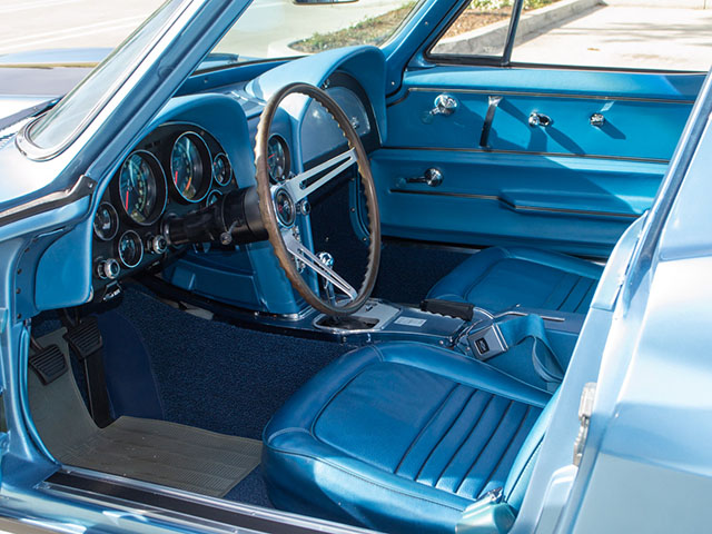 1967 blue corvette l71 coupe interior