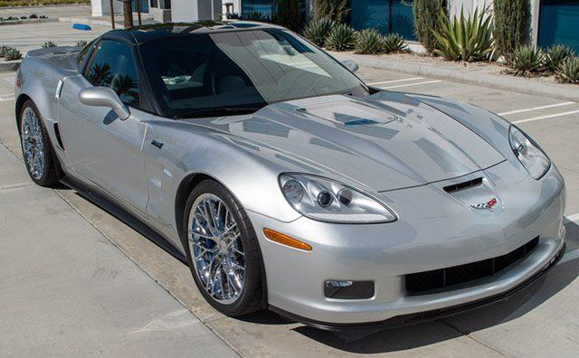 2011 silver corvette zr 1 coming_1