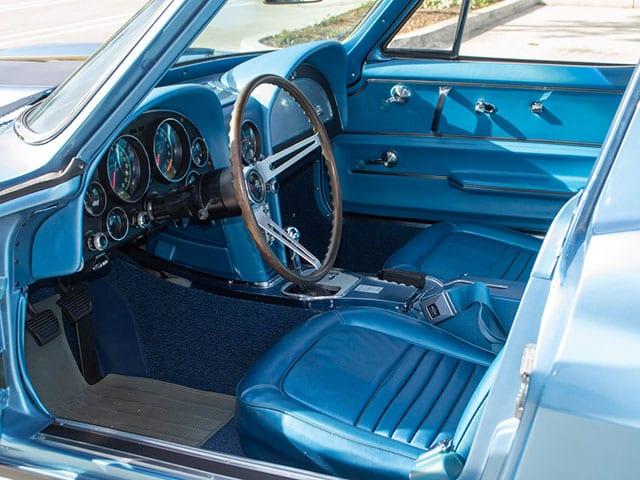 1967 blue corvette l71 coupe interior