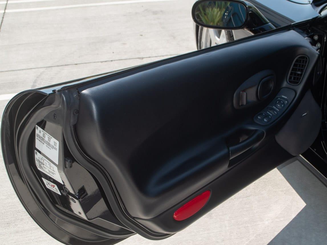 1997 Black Corvette Coupe 0934