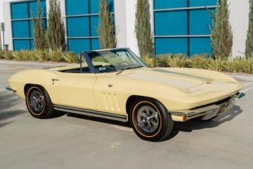 1965 yellow corvette convertible 0405
