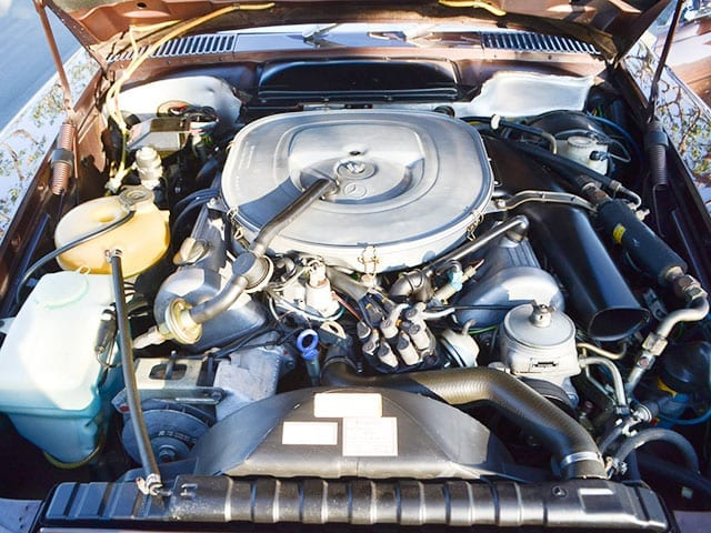1980 brown mercedes benz 450sl motor