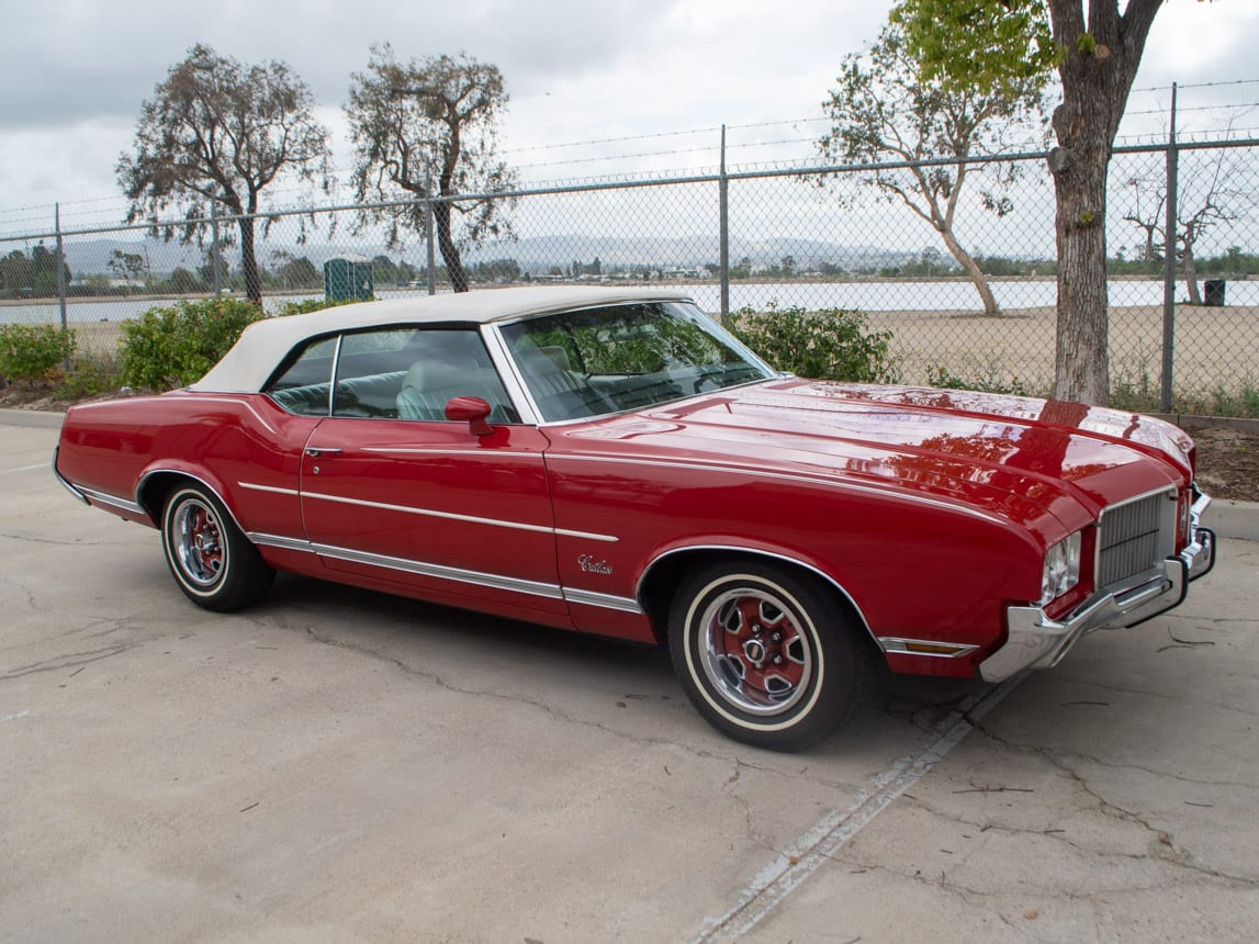 1971 Red Oldsmobile Cutlass Convertible 0981