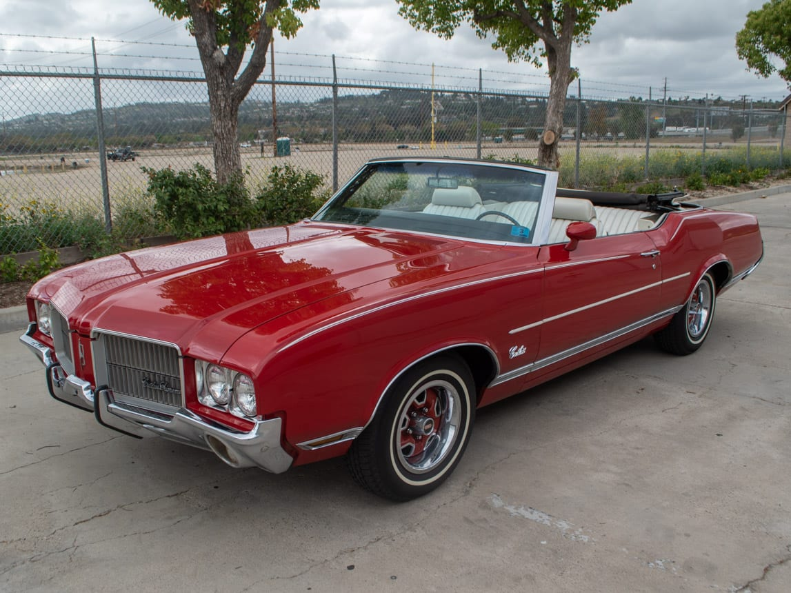 1971 Red Oldsmobile Cutlass Convertible 0991