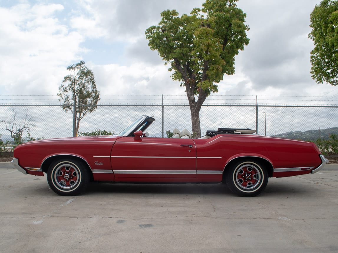 1971 Red Oldsmobile Cutlass Convertible 0992
