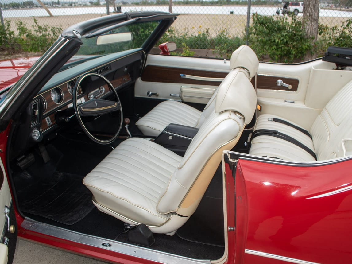 1971 Red Oldsmobile Cutlass Convertible 1007