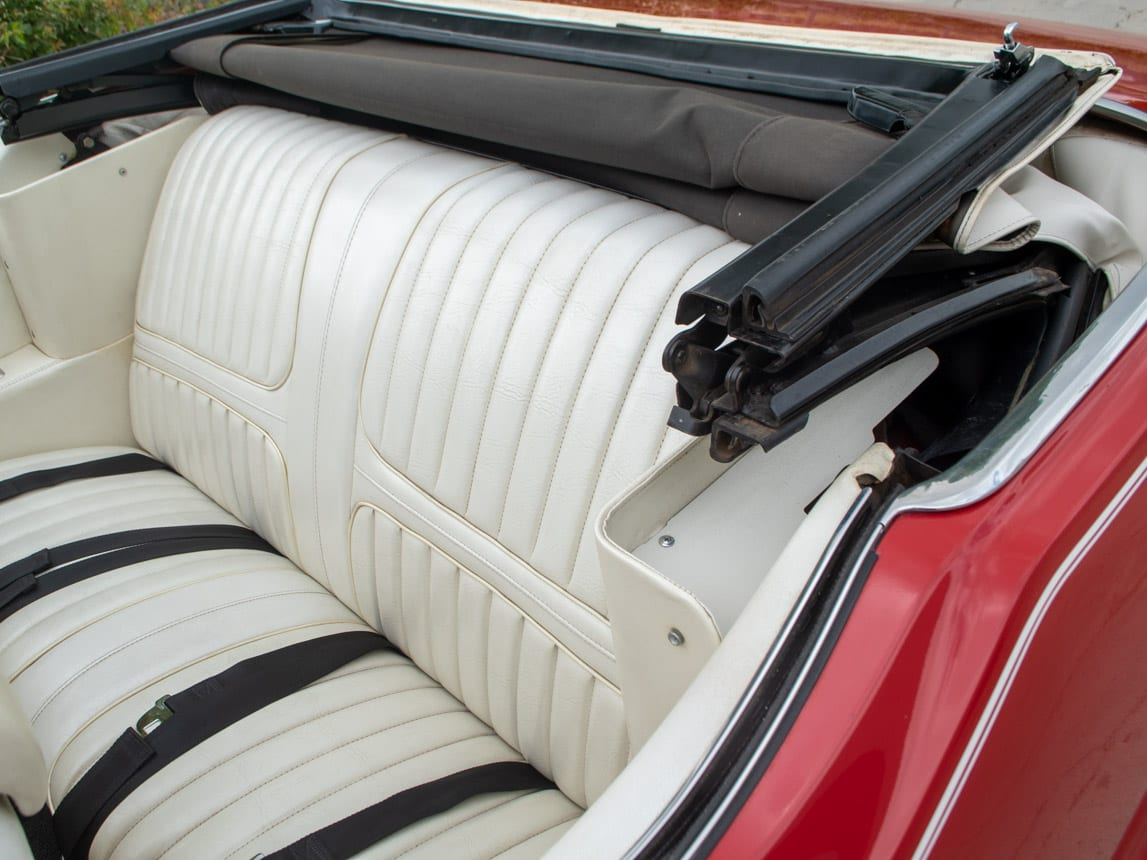 1971 Red Oldsmobile Cutlass Convertible 1009