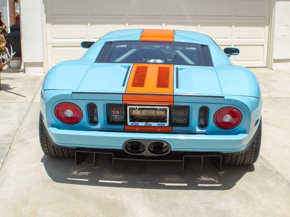 2006 Gulf Heritage 2006 Ford GT 0932 2
