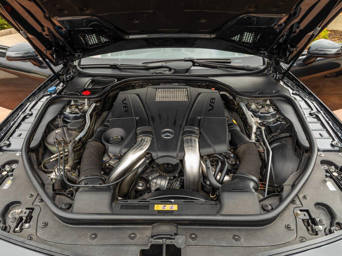 2013 Black Mercedes Benz SL 550 122