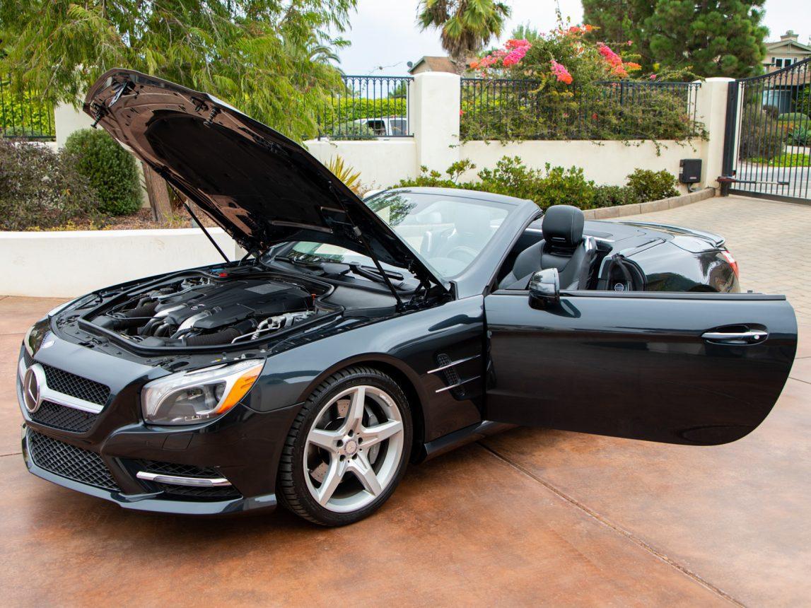 2013 Black Mercedes Benz SL 550 126