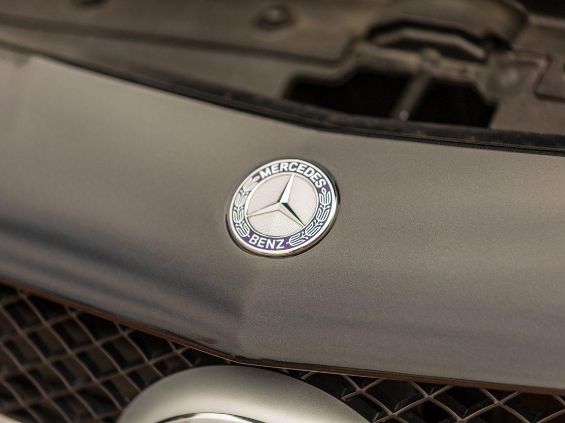 2013 Black Mercedes Benz SL 550 197