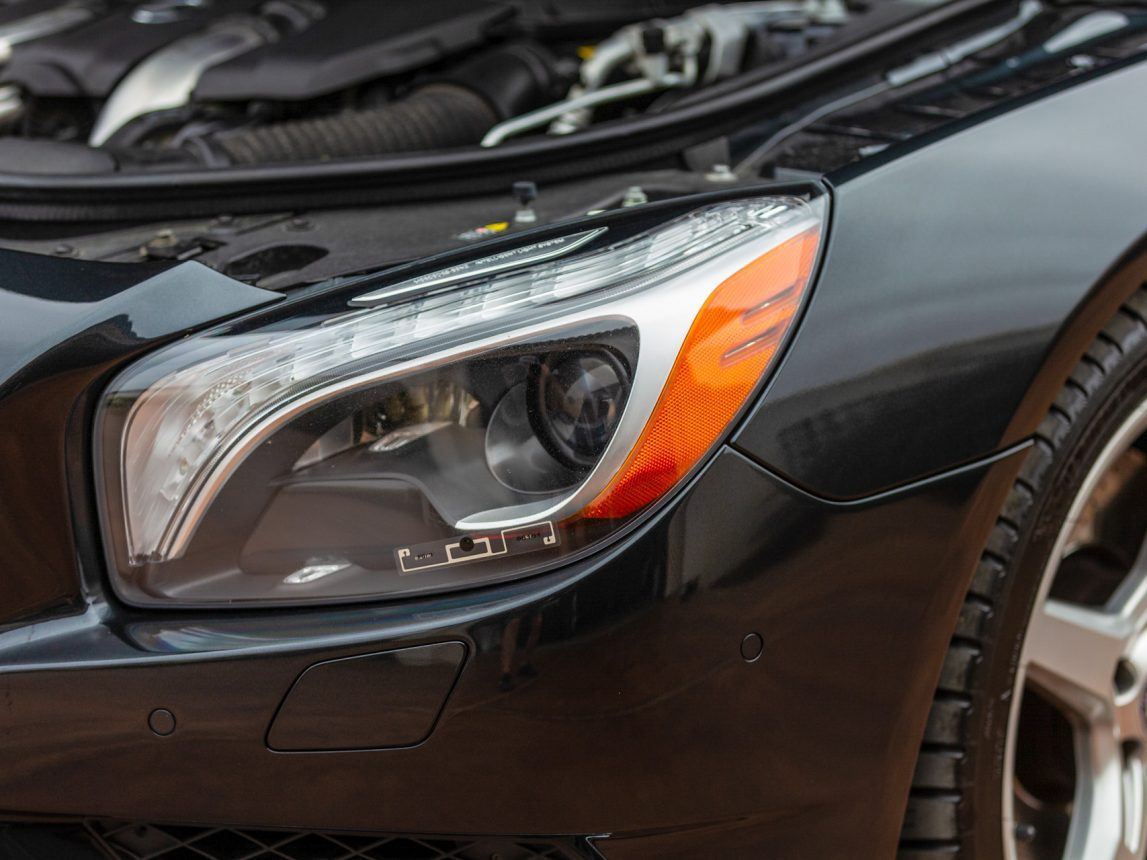2013 Black Mercedes Benz SL 550 200