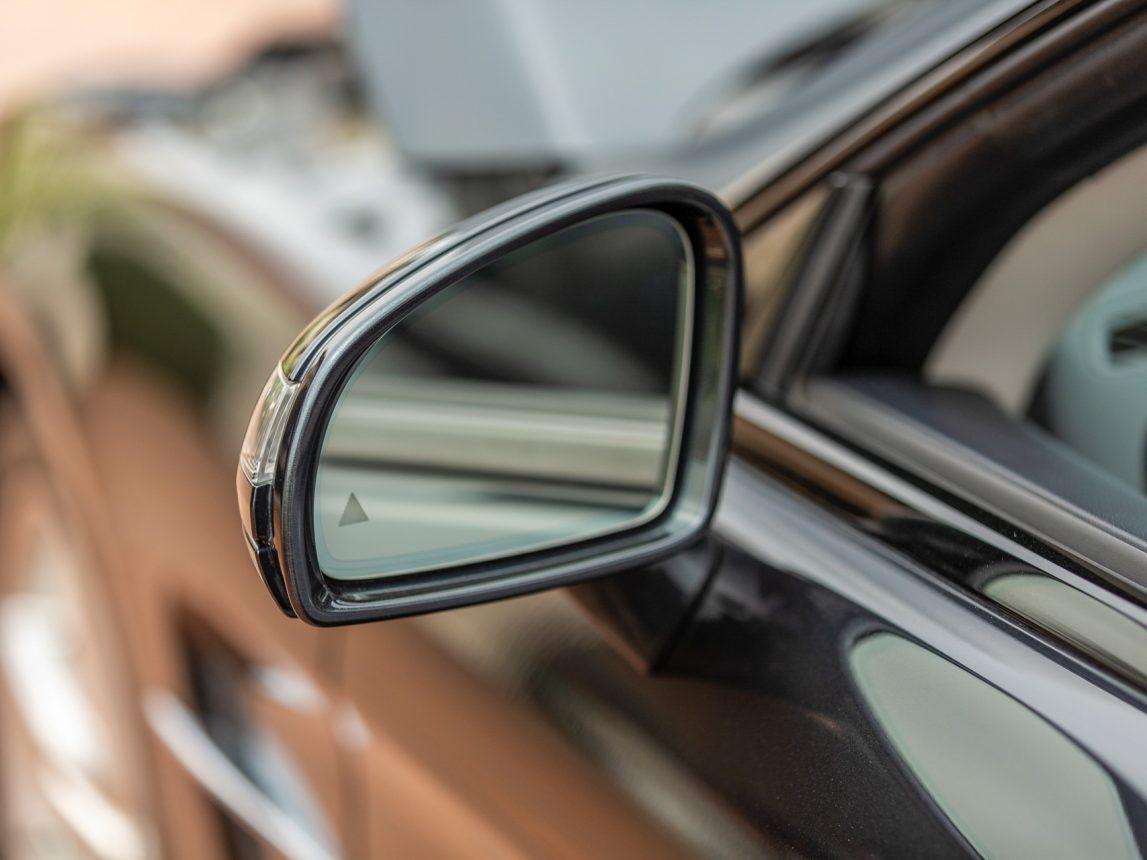 2013 Black Mercedes Benz SL 550 207